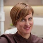 Dentiste Hongrie : Dr Noemi SZENASI