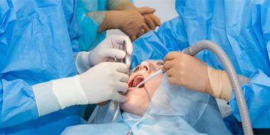Chirurgie dentaire en Hongrie