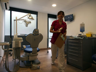 Tourisme dentaire en Espagne : Salle de soins 2 de la clinique dentaire en Espagne