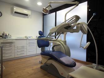 Tourisme dentaire en Espagne : Salle de soins 3 de la clinique dentaire en Espagne